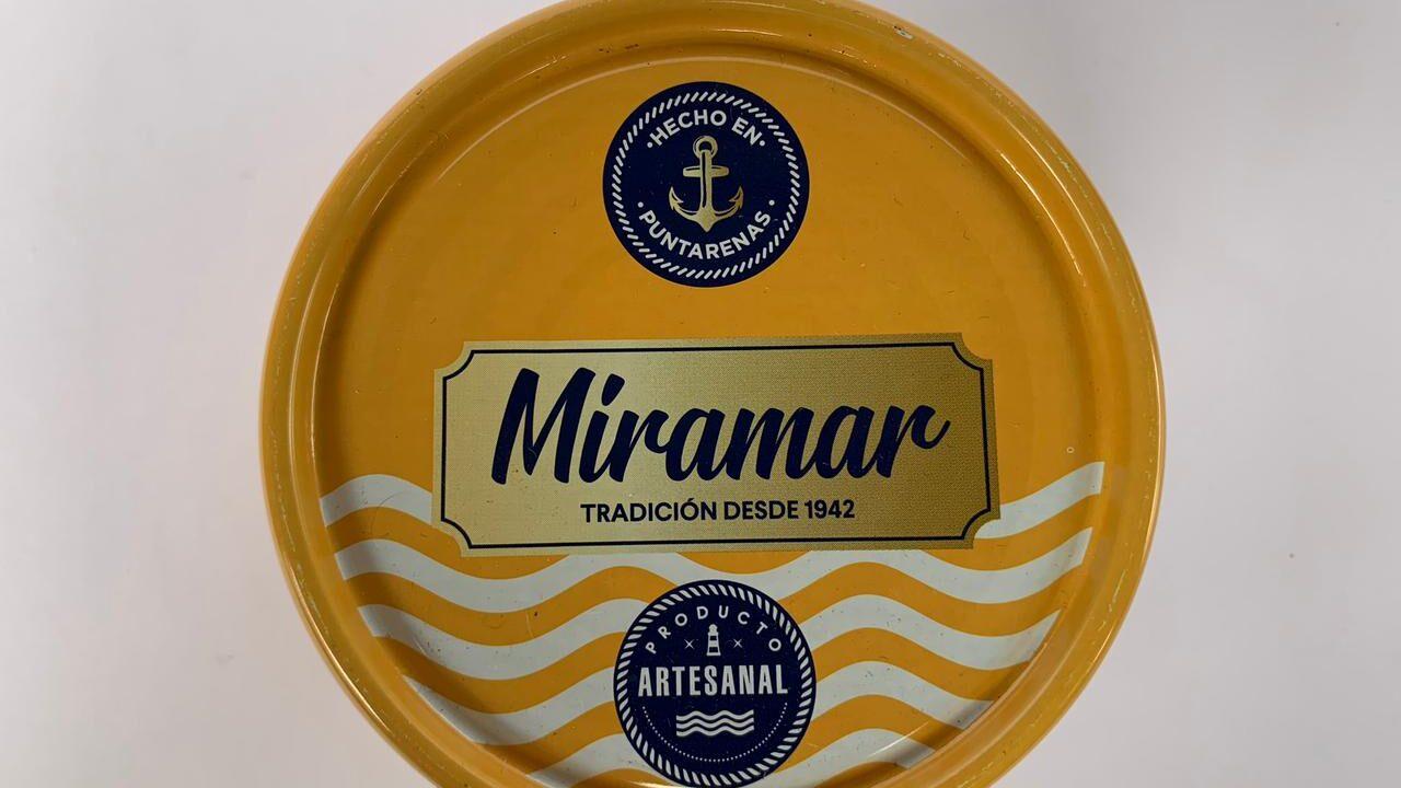 Pyme en Chomes de Puntarenas lanza nueva línea de atunes y sardinas